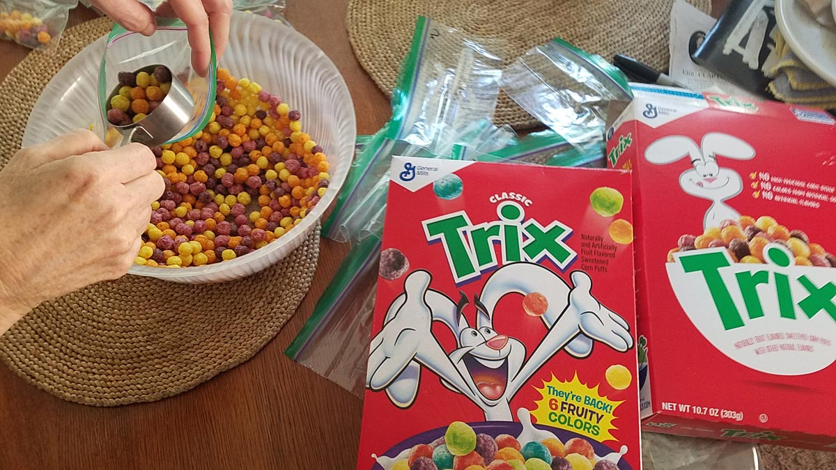 Trix Classic and new Trix comparison